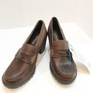 Eastland Loafer Moon Bean Chunk Heels. Sz 8 NWT